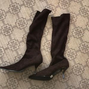 Brand new brown suede boots!